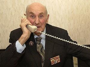 Ветераны могут бесплатно звонить и отправлять телеграммы однополчанам